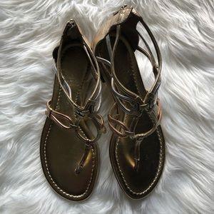 Super cute flat sandal